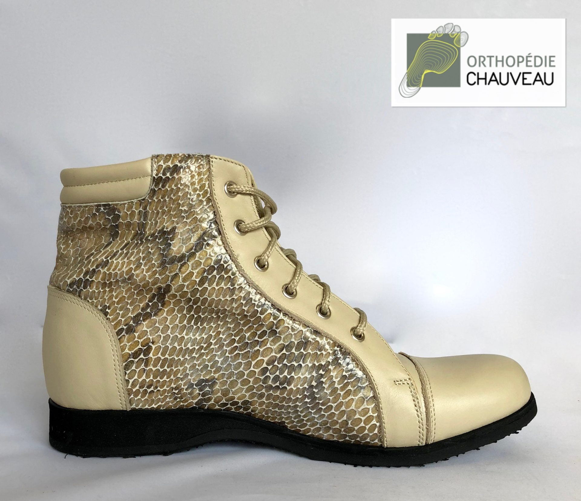 chaussures orthopediques Rennes cuir beige